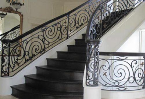 rampe-escalier-peinture-cuite